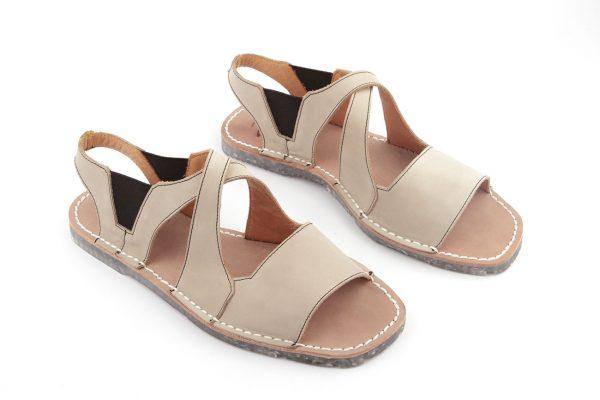 sandalias menorquinas beig